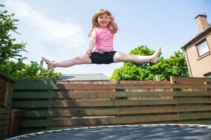 childrens trampoline outdoor